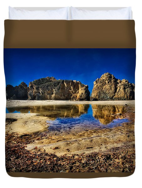 Duvet Cover featuring the photograph Pheiffer Beach #15 - Big Sur, Ca by Jennifer Rondinelli Reilly - Fine Art Photography