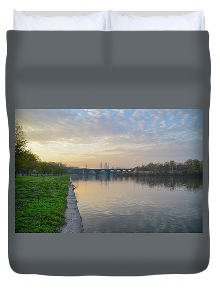 Duvet Cover featuring the photograph Philadelphia Cityscape From The Schuylkill In The Morning by Bill Cannon