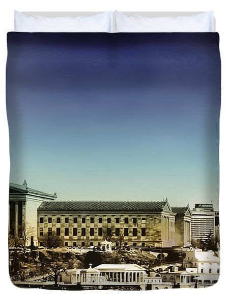 Philadelphia Museum Of Art And The Fairmount Waterworks From West River Drive Duvet Cover by Bill Cannon