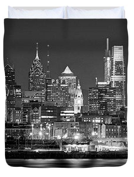 Philadelphia Philly Skyline At Night From East Black And White Bw Duvet Cover