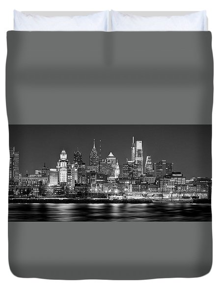 Philadelphia Philly Skyline At Night From East Black And White Bw Duvet Cover