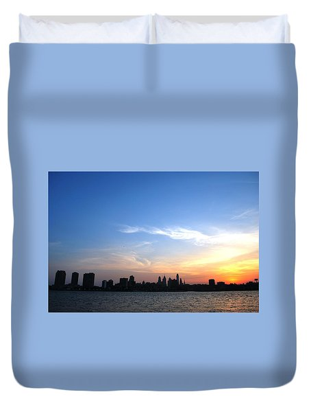 Philadelphia Skyline Low Horizon Sunset Duvet Cover