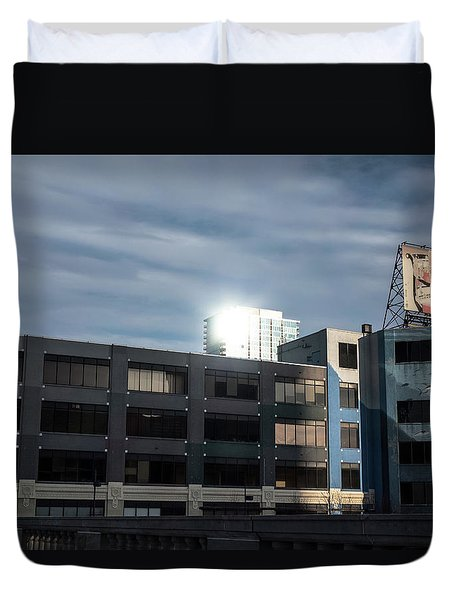 Duvet Cover featuring the photograph Philadelphia Urban Landscape - 1195 by David Sutton