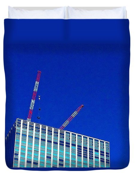 Photogragh Of Building And The Sky Duvet Cover