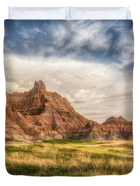 Photographer Waiting For The Badlands Light Duvet Cover