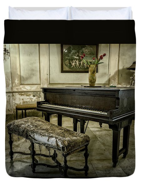 Duvet Cover featuring the photograph Piano At Josie's House by Joan Carroll