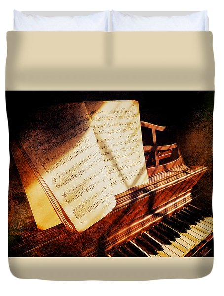 Duvet Cover featuring the photograph Piano Sheet Music by Eleanor Abramson