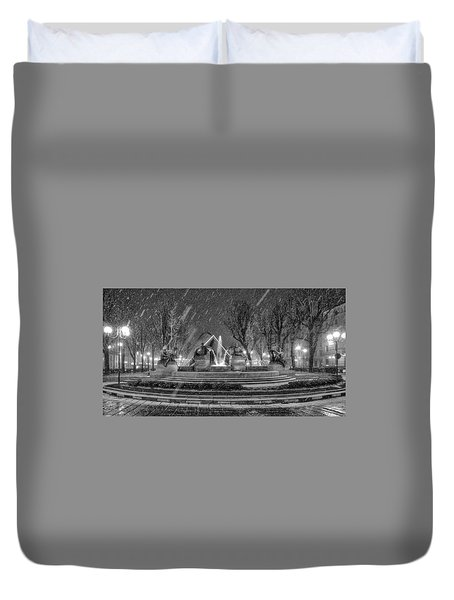 Duvet Cover featuring the photograph Piazza Solferino In Winter-1 by Sonny Marcyan