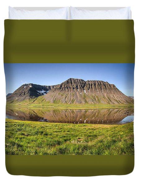 Picnic - Panorama Duvet Cover