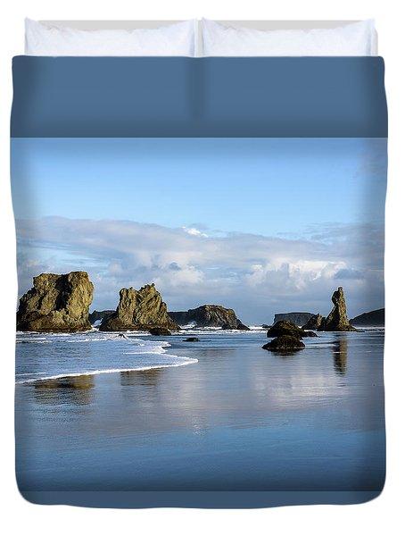 Picturesque Rocks Duvet Cover
