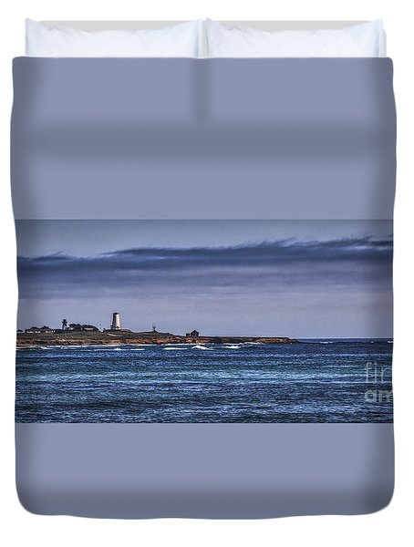 Duvet Cover featuring the photograph Piedras Blancas Lighthouse by Mitch Shindelbower