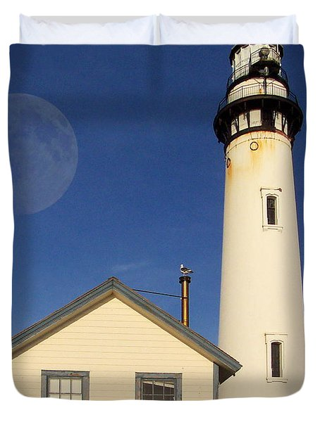 Pigeon Point Lighthouse Duvet Cover by Wingsdomain Art and Photography
