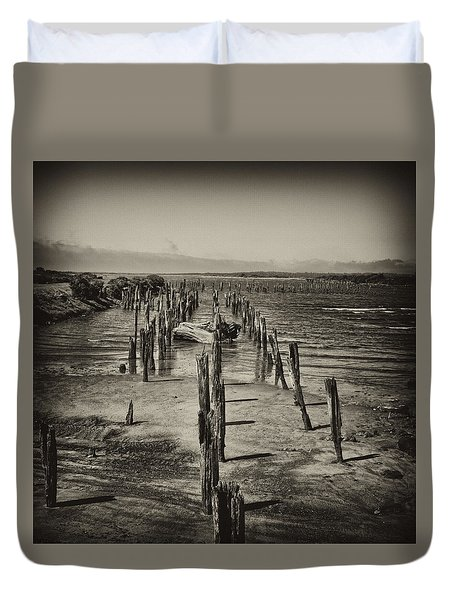 Duvet Cover featuring the photograph Pilings by Hugh Smith