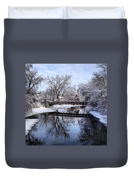 Pine River Foot Bridge From Superior In Winter Duvet Cover