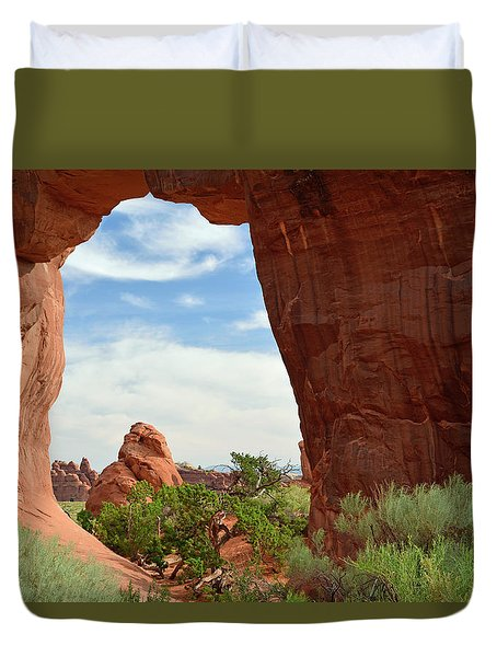 Duvet Cover featuring the photograph Pine Tree Arch In Utah by Bruce Gourley
