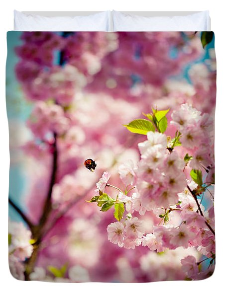 Pink Cherry Blossoms Sakura With Bee Duvet Cover