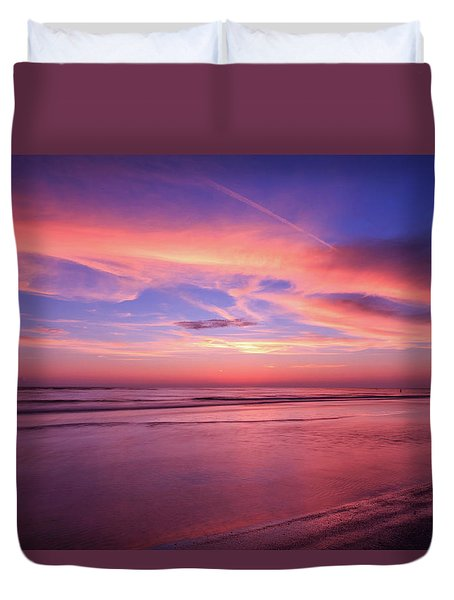 Duvet Cover featuring the photograph Pink Sky And Ocean by Doug Camara