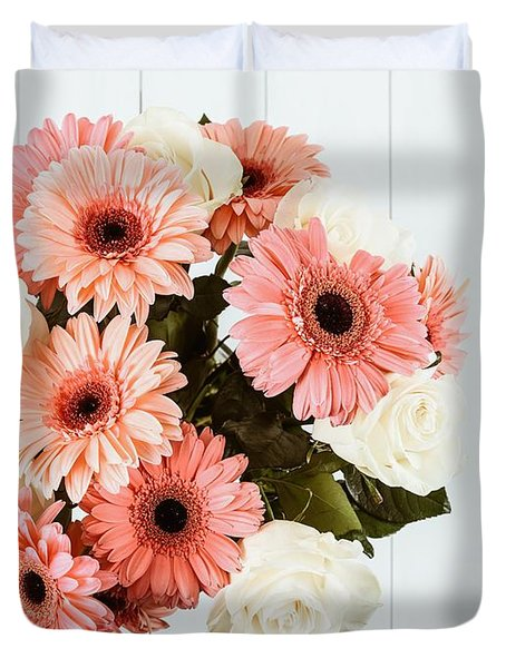 Pink Gerbera Daisy Flowers And White Roses Bouquet Duvet Cover