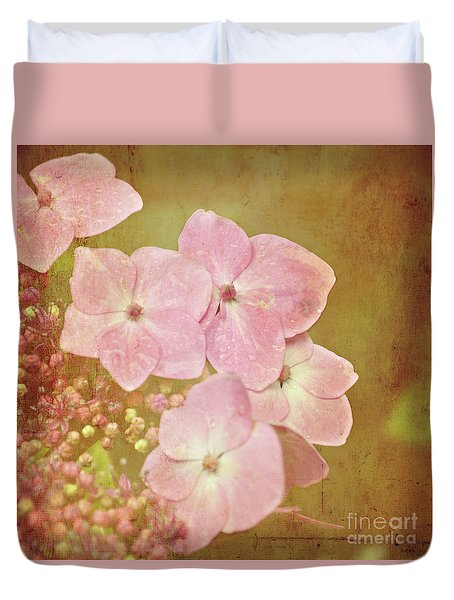 Duvet Cover featuring the photograph Pink Hydrangeas by Lyn Randle