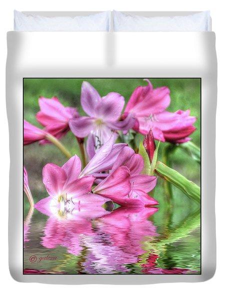 Pink Lily Flood Duvet Cover