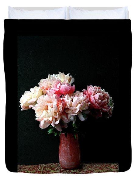 Pink Peonies In Pink Vase Duvet Cover
