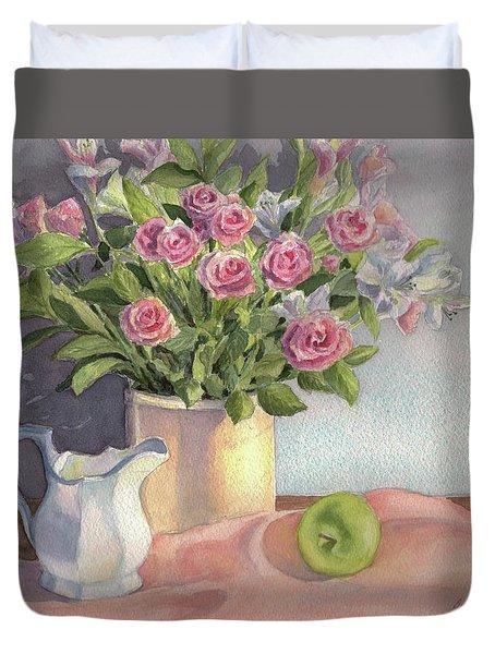 Pink Roses Duvet Cover by Vikki Bouffard