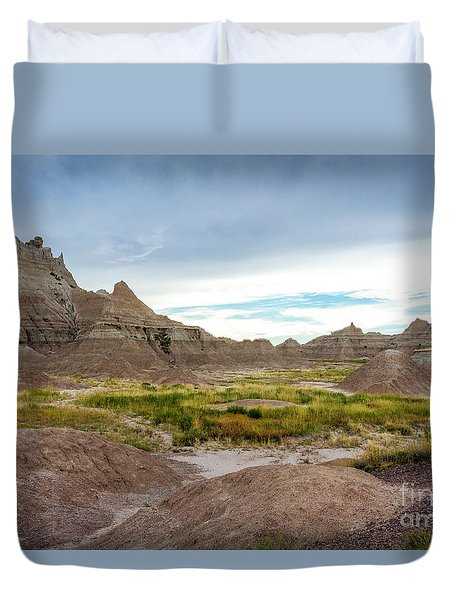 Pinnacles Of The Badlands Duvet Cover