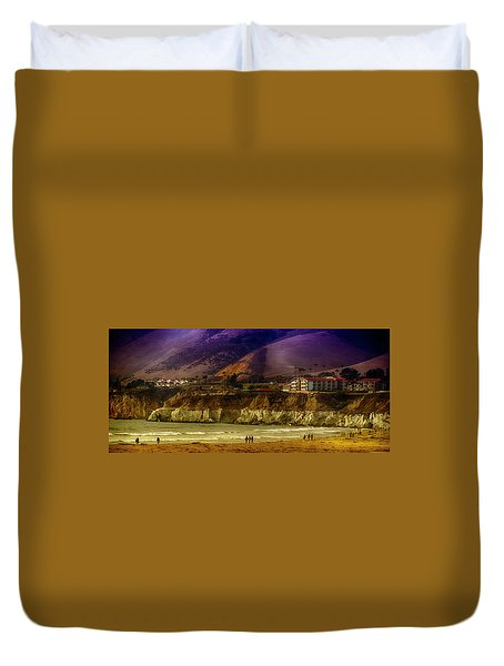 Pismo Beach Cove Duvet Cover by Joseph Hollingsworth