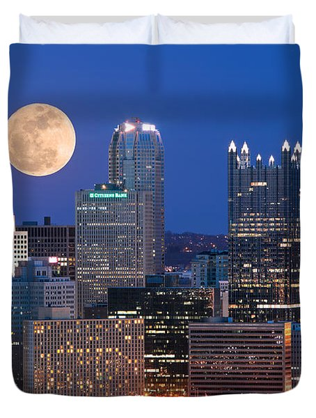 Pittsburgh 6 Duvet Cover by Emmanuel Panagiotakis
