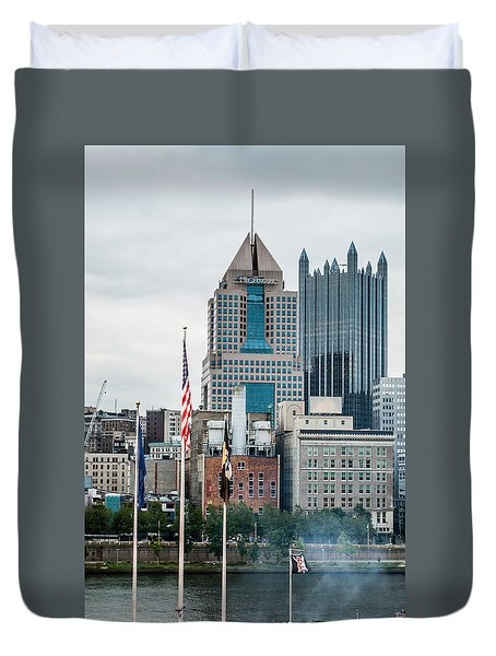 Pittsburgh - 6975 Duvet Cover by G L Sarti