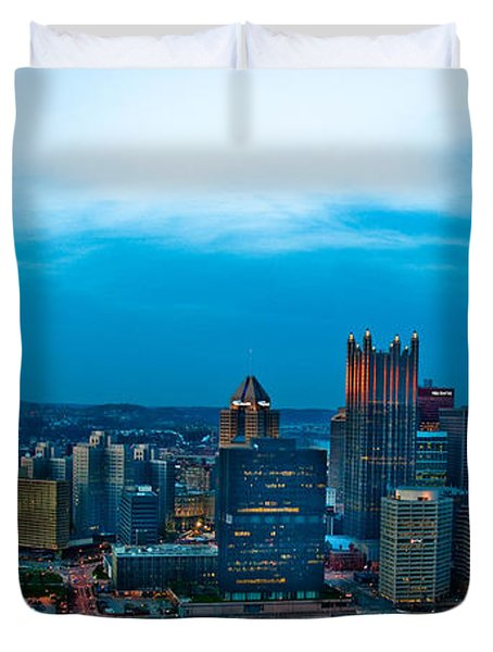 Pittsburgh In Hdr Duvet Cover by Kayla Kyle