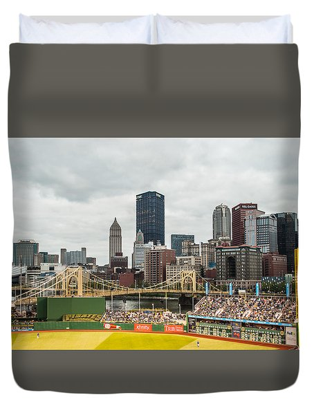 Pittsburgh/pnc Park - 6986 Duvet Cover by G L Sarti