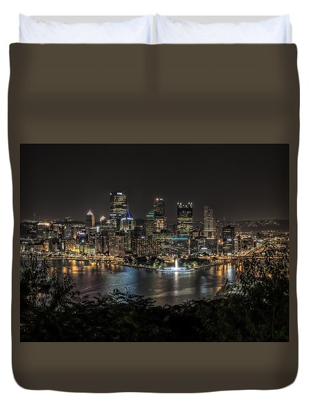Duvet Cover featuring the photograph Pittsburgh Skyline by Brent Durken