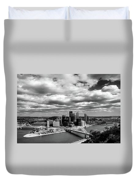 Duvet Cover featuring the photograph Pittsburgh Skyline by Michelle Joseph-Long