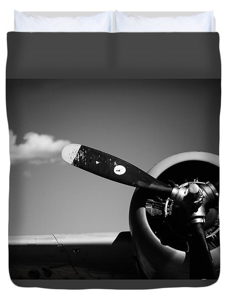 Duvet Cover featuring the photograph Plane Portrait 4 by Ryan Weddle