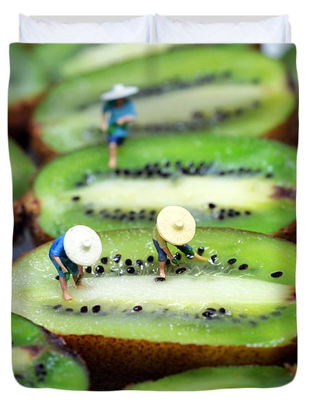 Planting Rice On Kiwifruit Duvet Cover