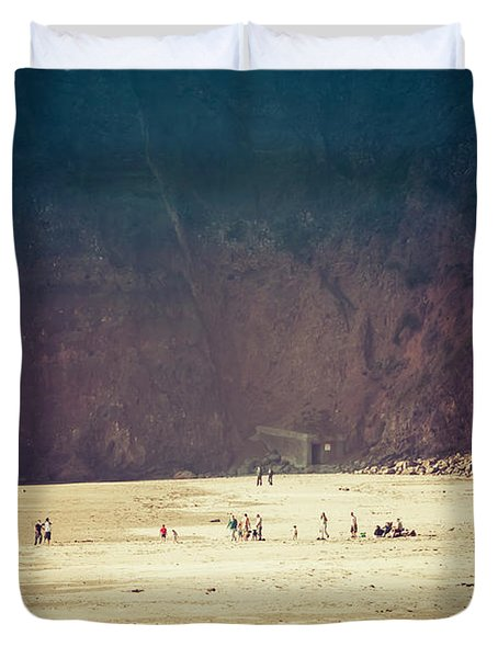 Playing Along Oceanside Oregon Duvet Cover by Amyn Nasser