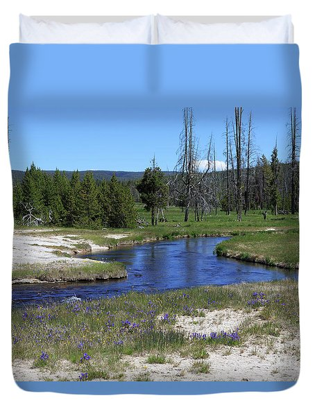 Pleated Gentians Beside Iron Creek In Black Sand Basin Duvet Cover by Louise Heusinkveld