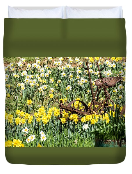 Plow In Field Of Daffodils Duvet Cover