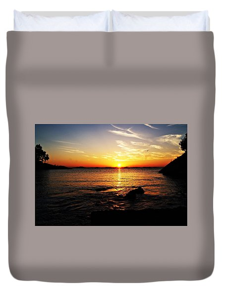Plum Cove Beach Sunset G Duvet Cover by Joe Faherty