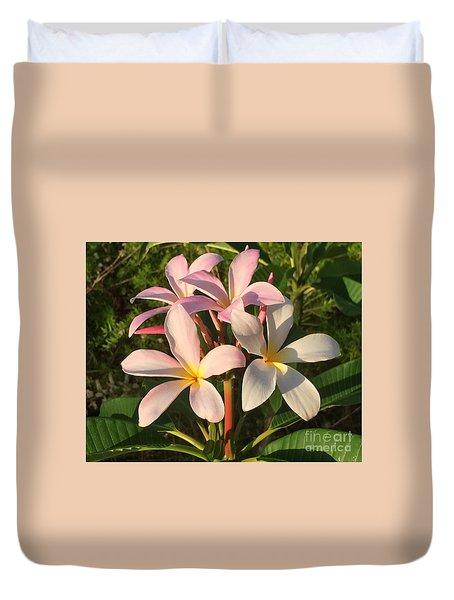 Plumeria Heaven Duvet Cover