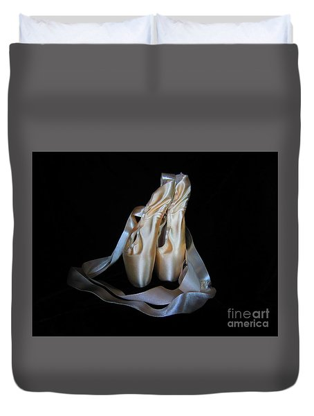 Duvet Cover featuring the photograph Pointe Shoes1 by Laurianna Taylor