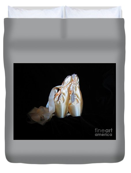 Duvet Cover featuring the photograph Pointe Shoes3 by Laurianna Taylor