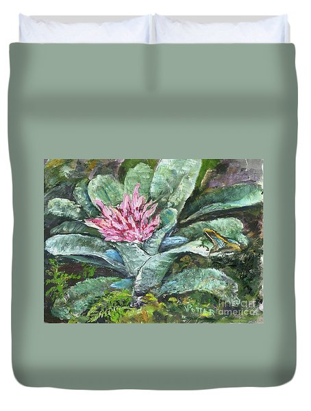 Poison Dart Frog On Bromeliad Duvet Cover