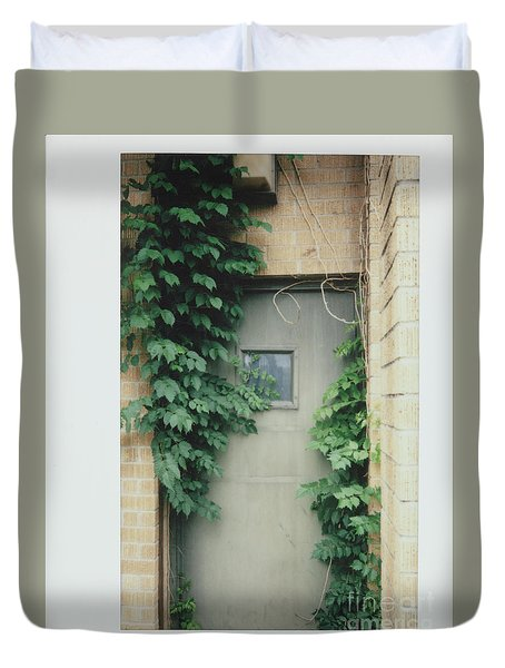 Polaroid Image-ivy In The Doorway Duvet Cover
