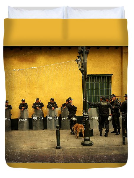 Policia In Lima Peru Duvet Cover