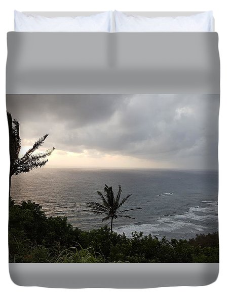 Pololu Valley, Hawaii Duvet Cover