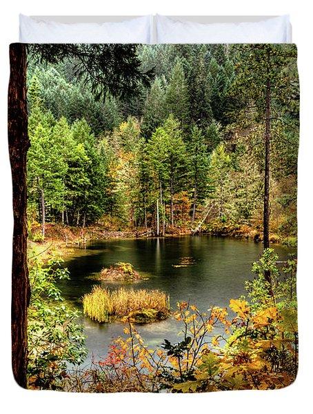 Pond At Golden Or. Duvet Cover
