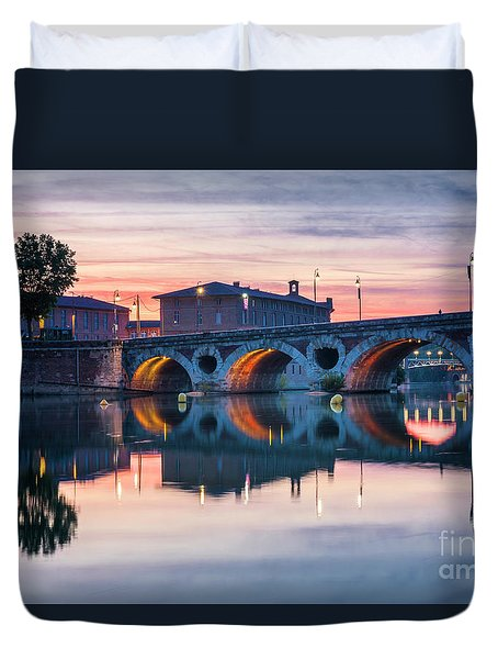 Duvet Cover featuring the photograph Pont Neuf In Toulouse At Sunset by Elena Elisseeva