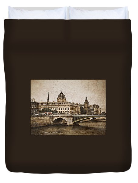 Paris, France - Pont Notre Dame Oldstyle Duvet Cover